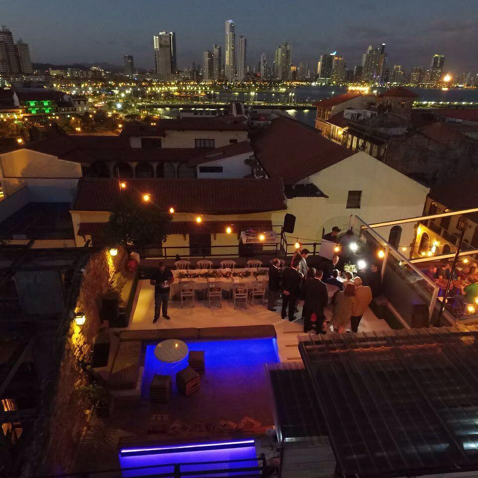 RooftopClub