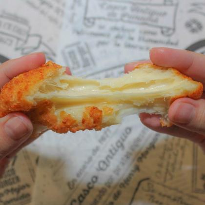 Casco Burger